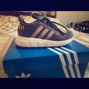 Adidas Swift Run I Toddler Girl size 6k